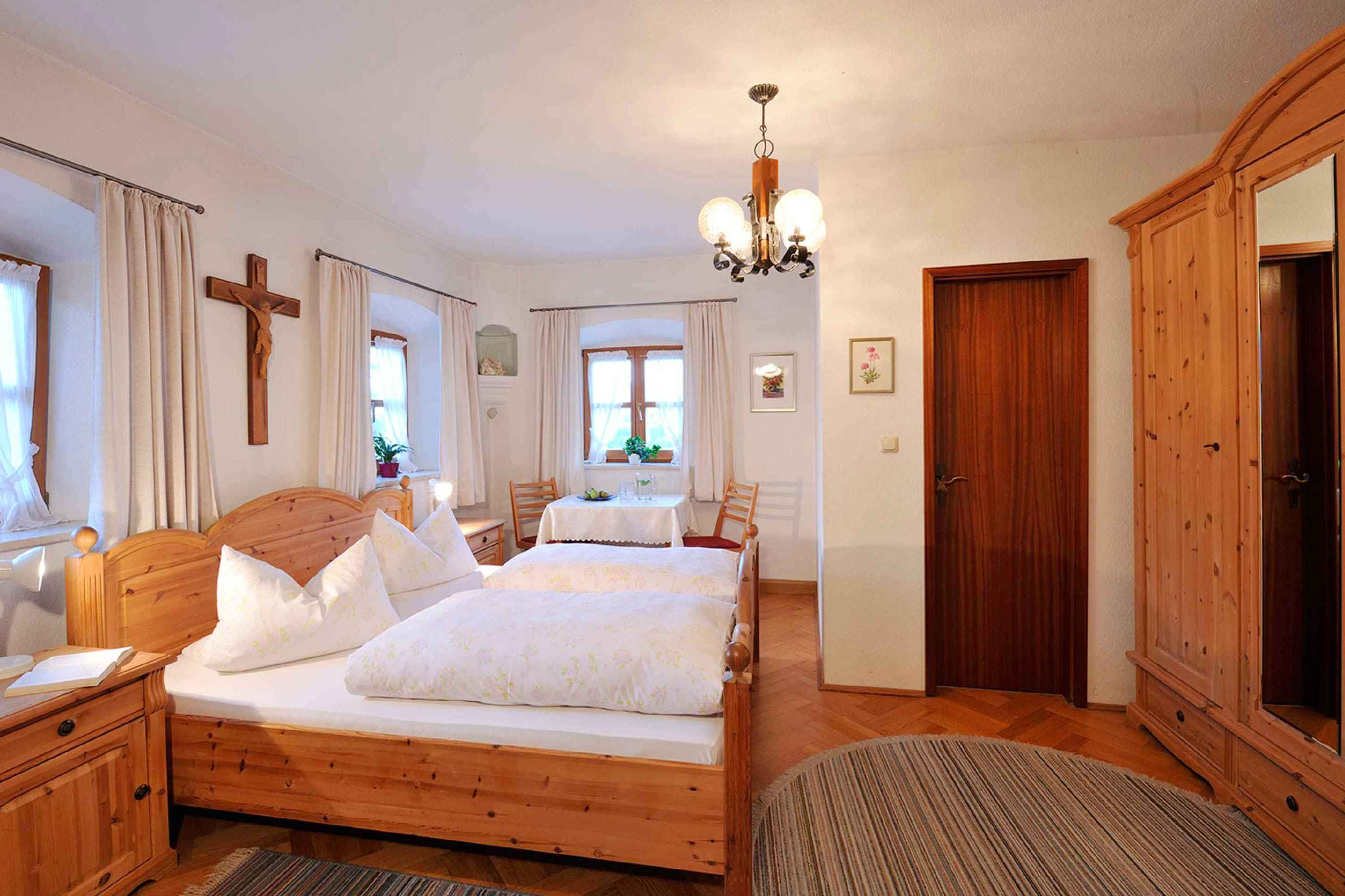 3-Sterne Doppelzimmer Lamplhof Oberbayern Chiemsee